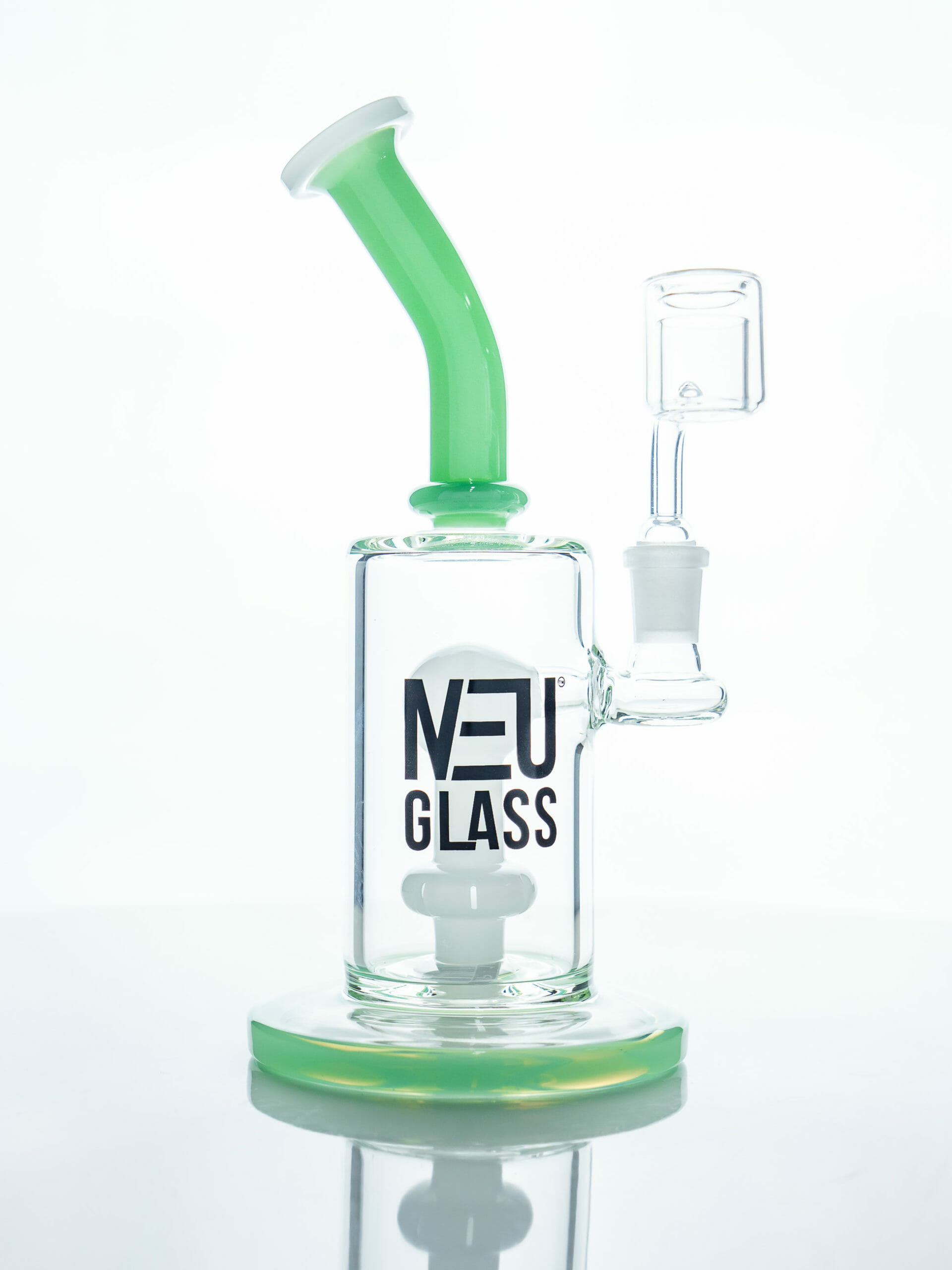 Tsunami NEU GLASS WATER PIPE